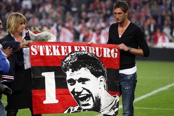 Maarten Stekelenburg verlengt contract tot medio 2022