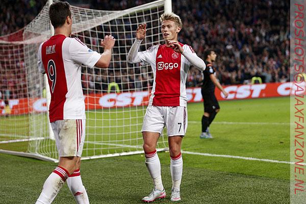 'Fischer trekt opnieuw aandacht Arsenal'