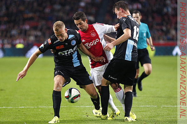 0923ajax-graafschap_younes