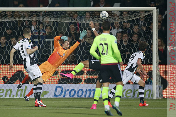 1017heracles-ajax0-1