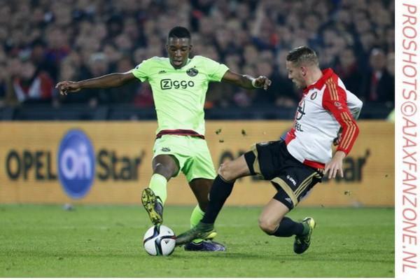 Bazoer waarschijnlijk niet tegen Roda JC, Klaassen wel weer fit