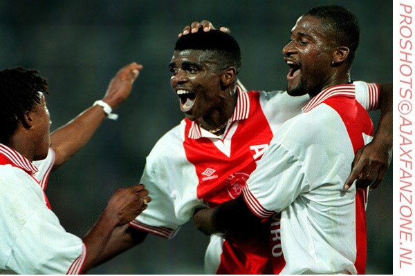 Vandaag 25 jaar geleden: Ajax wint de wereldbeker in Tokyo