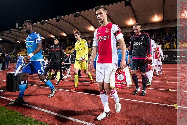 Ajax dankt Veltman met video; Transfer levert 1 miljoen op; Veltman kiest voor rugnummer 34