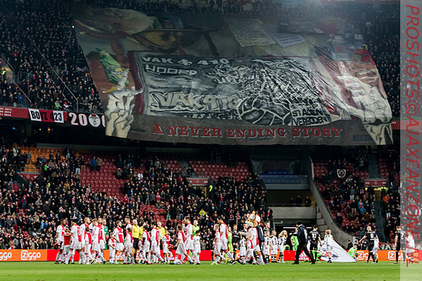 0126ajax-heracles_vak410_tifo
