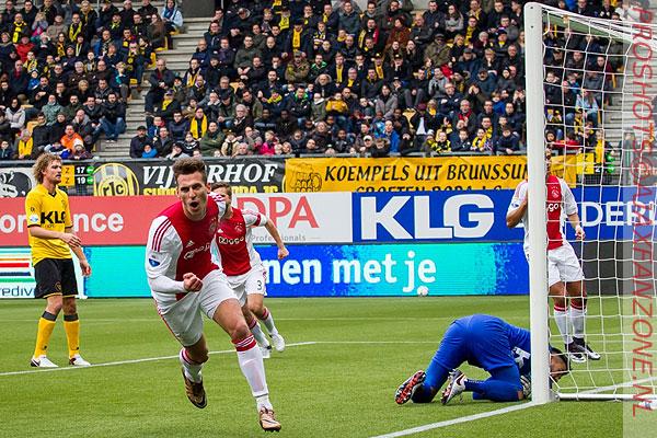 Milik onder druk maar cijfers plaatsen hem in rijtje Huntelaar-Suarez