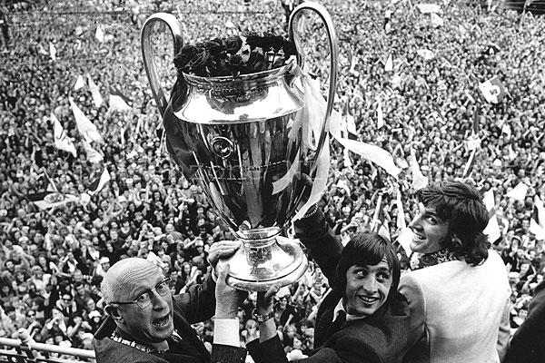 Ajax verliest record uit de jaren 70 aan The New Saints