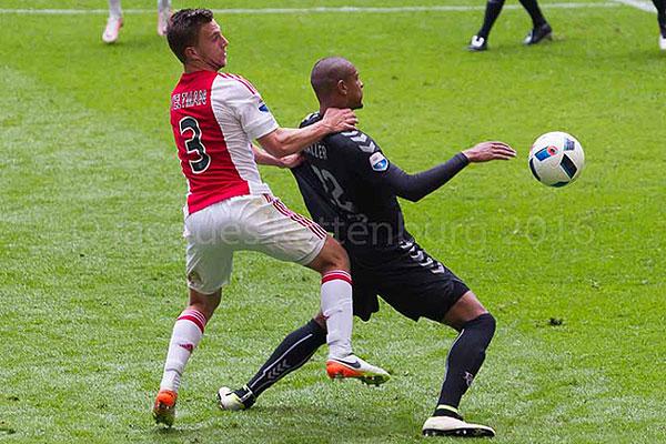 Supporters speculeren op Twitter: 'Haller of Sol nog naar Ajax'