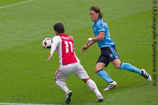 1002ajax-utrecht_younes