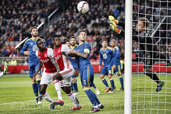 1103ajax-celta_traore_sanch