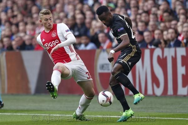Oefenduels, waaronder Olympique Lyon - Ajax, live op Ziggo Sport
