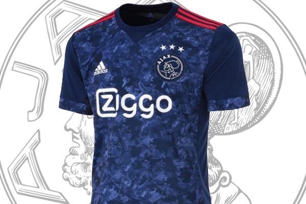 Prijsvraag: Win een origineel compleet Ajax-uittenue