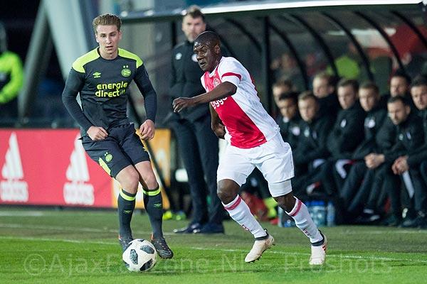 Jong Ajax verliest opnieuw thuiswedstrijd