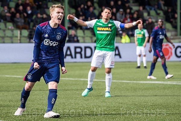 KNVB vertelde dat Bijleveld gewoon mocht spelen en geeft toe: 'Schuld ligt niet bij Ajax'