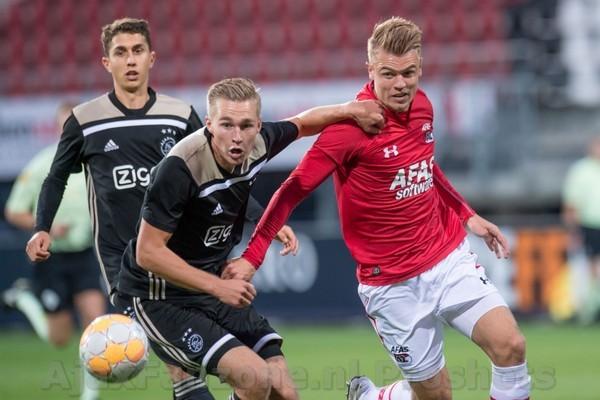 Jong Ajax wint uitduel tegen Jong AZ: 0-1