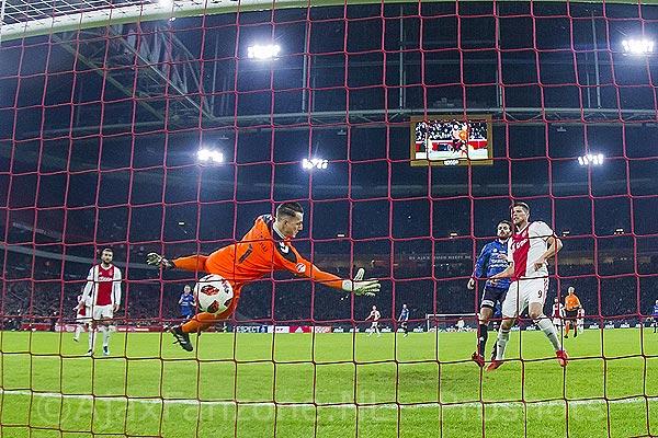 Ajax probleemloos langs Go Ahead in bekerduel: 3-0 (Incl. foto's)