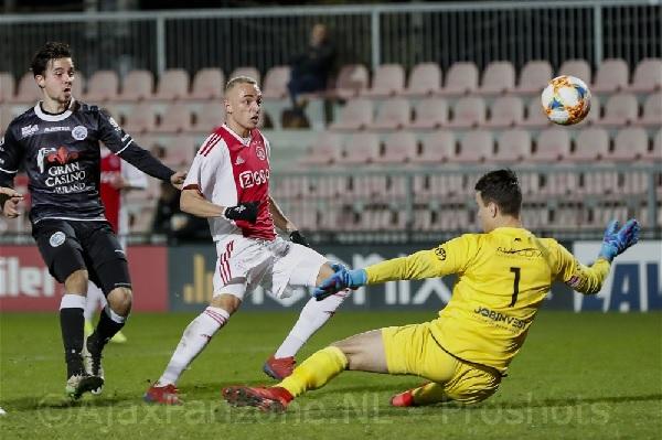 Jong Ajax en FC Den Bosch in evenwicht 2-2