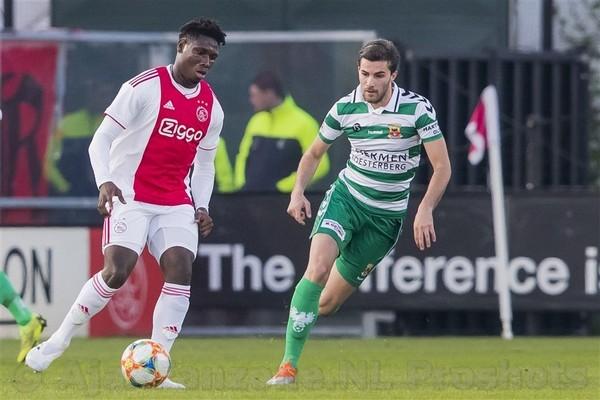 Jong Ajax met 5-2 te sterk voor Go Ahead Eagles