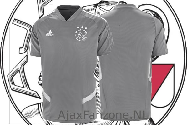 Uitslag prijsvraag: Wie wint het Ajax thuis trainingsshirt?
