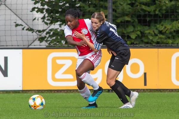Ajax Vrouwen niet langs Heerenveen: 0-0 (Incl foto's)