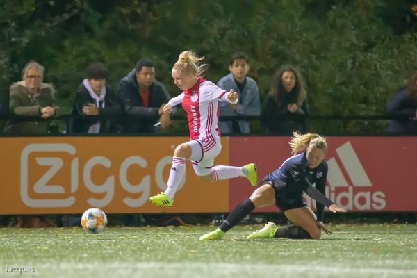 Ajax Vrouwen spelen gelijk in return Eredivisie Cup (Incl foto's)