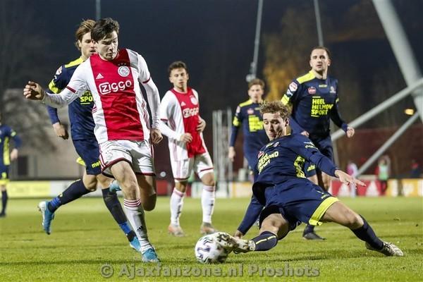 Jong Ajax morst punten tegen Helmond Sport: 1-1