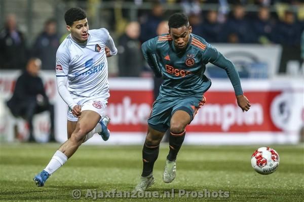 Jong Ajax wint uitwedstrijd tegen Telstar: 2-3