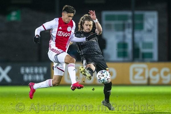 Oppermachtig Jong Ajax verslaat Go Ahead Eagles met 5-1