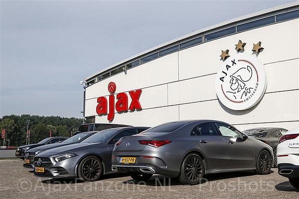 Jong Ajax na 2-0 voorsprong in slotseconde toch nog onderuit tegen Jong AZ