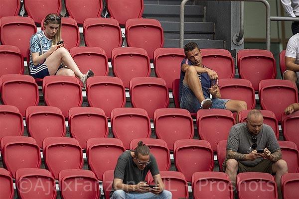 7500 kaarten Ajax - AZ in no time uitverkocht