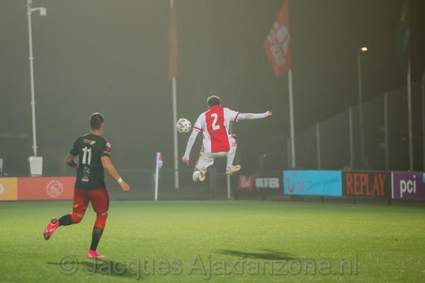 Jong Ajax verslaat Excelsior met 3-0 (Incl foto's)