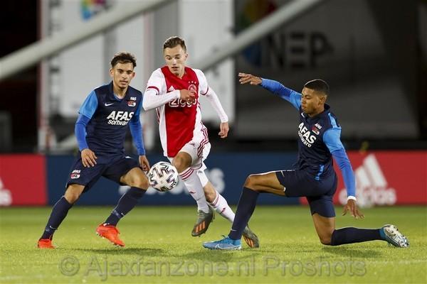 Jong Ajax wint van Jong AZ: 3-2