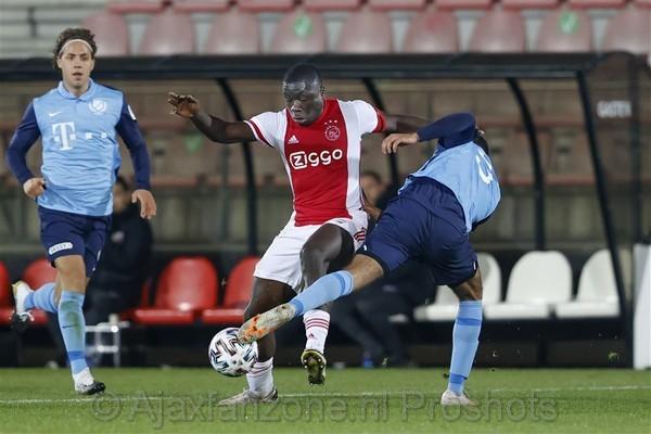 Jong Ajax verslaat Jong FC Utrecht: 3-2