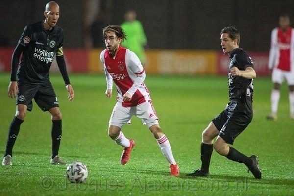 Jong Ajax verliest van Almere City: 1-4 (Incl foto's)