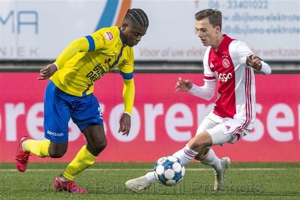 Jong Ajax wint uitwedstrijd tegen Cambuur: 2-3