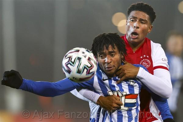 Jong Ajax speelt ongelukkig gelijk tegen FC Eindhoven: 1-1