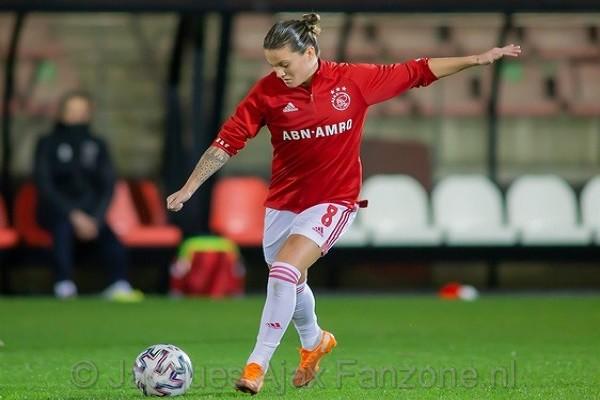 Ajax Vrouwen verliezen van FC Twente in Eredivisie Cup, debuut Spitse (Incl foto's)
