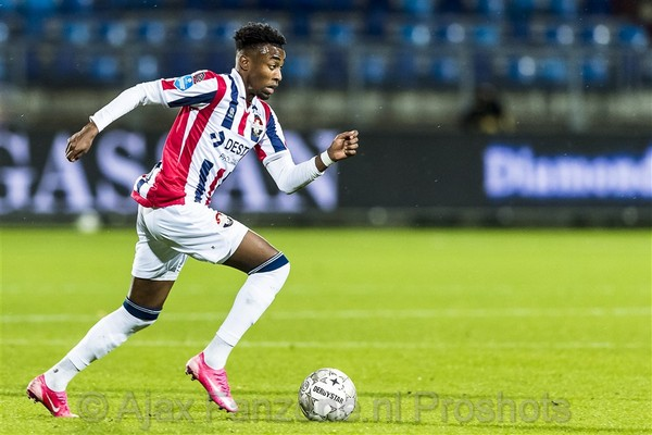 'Ajax toont interesse in Mike Trésor Ndayishimiye'