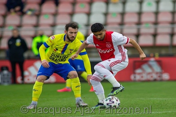 Jong Ajax speelt gelijk tegen koploper Cambuur: 1-1 (Incl foto's)