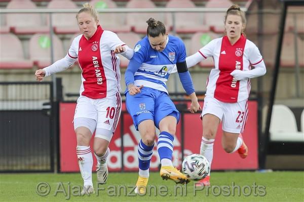 Ajax Vrouwen thuis onderuit tegen PEC Zwolle: 0-1