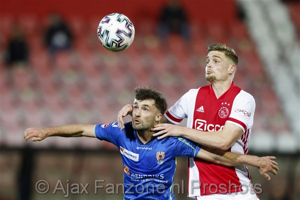 Jong Ajax verliest thuiswedstrijd tegen TOP Oss: 0-1