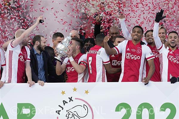 Ajax wint de KNVB-beker voor de twintigste keer