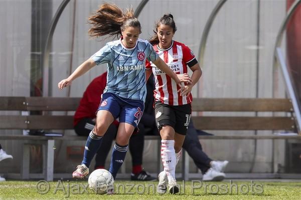Ajax Vrouwen verliezen van PSV Vrouwen: 3-1