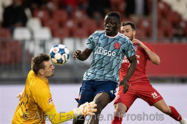 Jong Ajax onderuit bij Almere City: 1-0