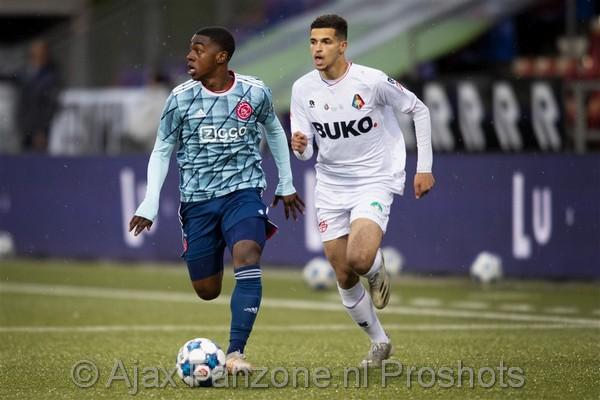 Jong Ajax sluit seizoen af met 1-2 winst op Telstar