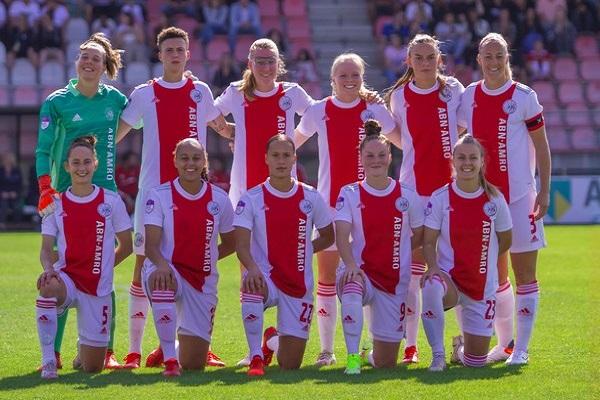 Ajax Vrouwen winnen in slotfase van SC Heerenveen: 2-1