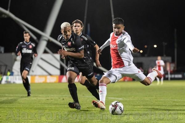 Jong Ajax wint met 3-1 van MVV