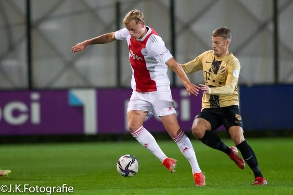 Jong Ajax verslaat Jong FC Utrecht met 3-1 (Incl foto's)