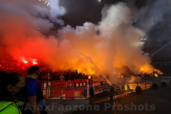 Ajax kan rekenen op vol uitvak in Dortmund